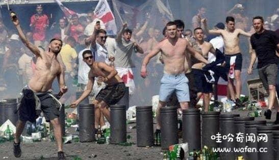 战斗民族是指哪个国家两百俄罗斯球迷大战英国两千球迷