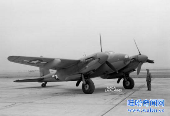 世界上最大战斗机图128长30米是狂风战斗机3倍